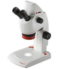 Labomed Luxeo 4D Biomedical Inspection 4.4:1 Digital StereoZoom Microscope with integrated 5MP camera. Magnifications to 140x with optional lenses.